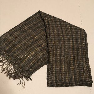 Tan and gold scarf